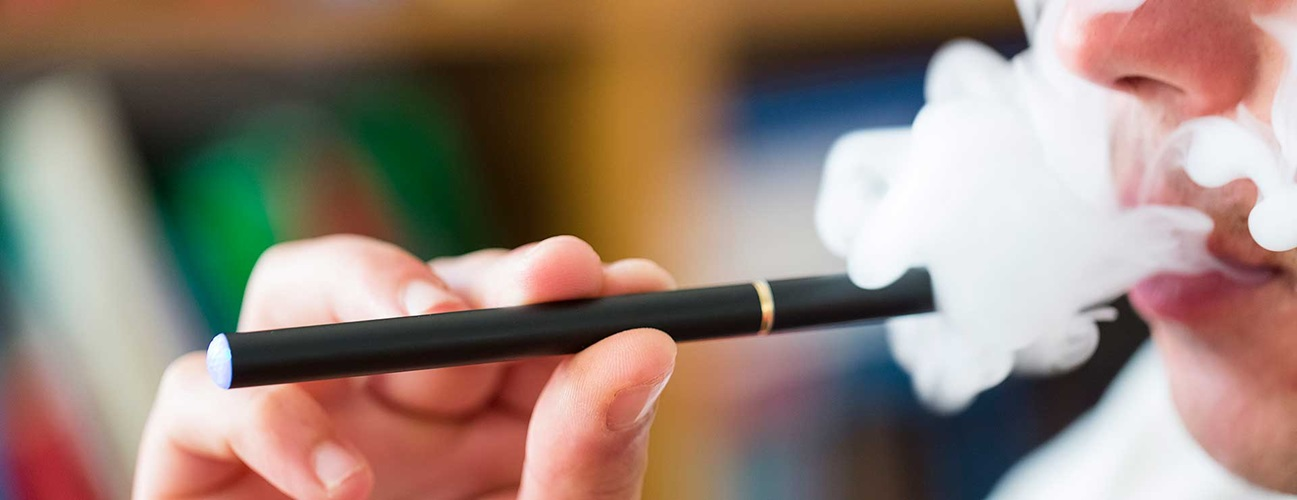 Electronic Cigarettes Protect Health, Money and Environment