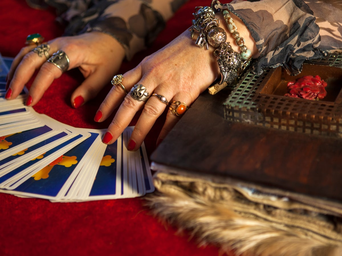 Some different and unique types of psychic reading